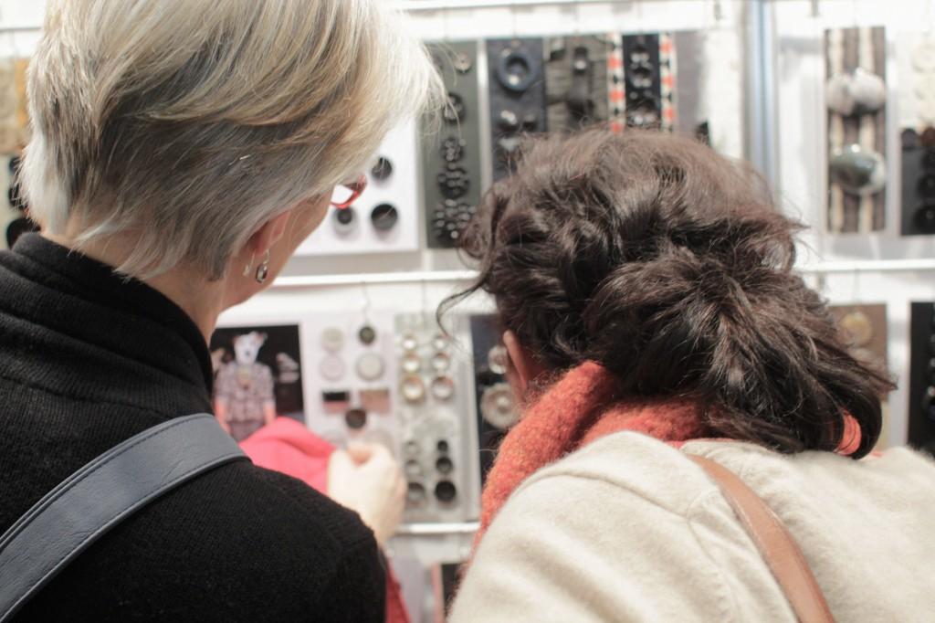 Die Knopfauswahl war an diesem Stand besonders groß. Hobby und Handwerk Hobby und Handwerk 2013 – Junge Unternehmen mischen auf.