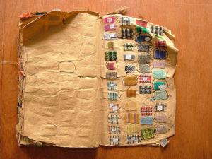 altes Musterbuch der Firma Molloy & Sons Tweed Tweed – eine alte Webtraditon wieder aktuell