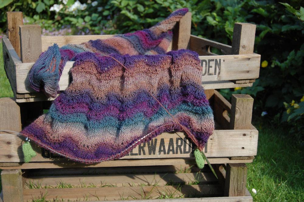 diy anleitung schal stricken auf sockshype Schal Anleitung: Schal stricken mit Wellenmuster
