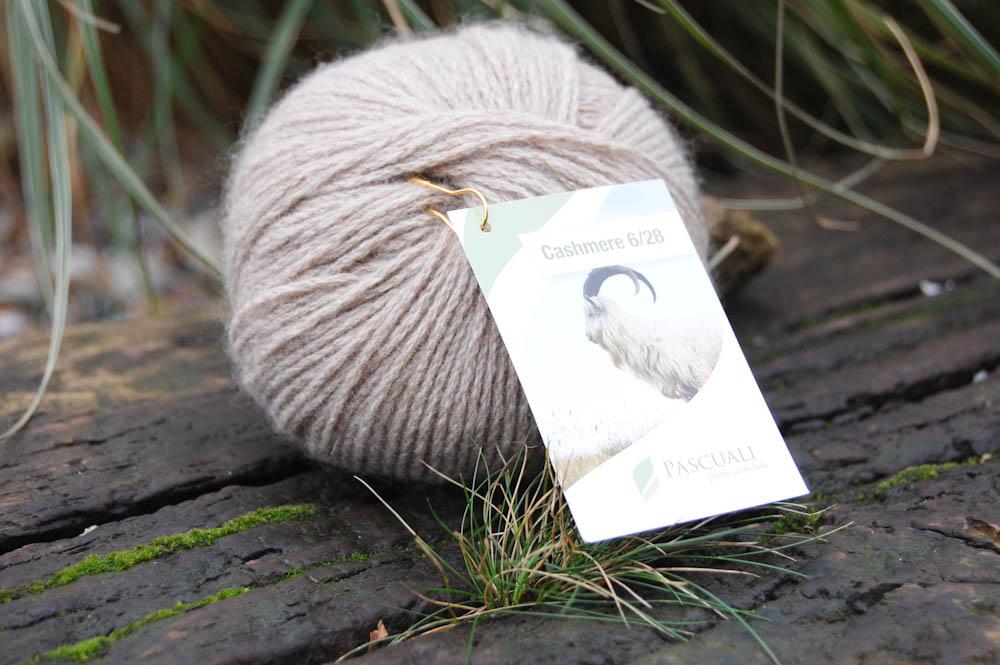 Kaschmirwolle: Cowl schal stricken (kostenlose Anleitung)
