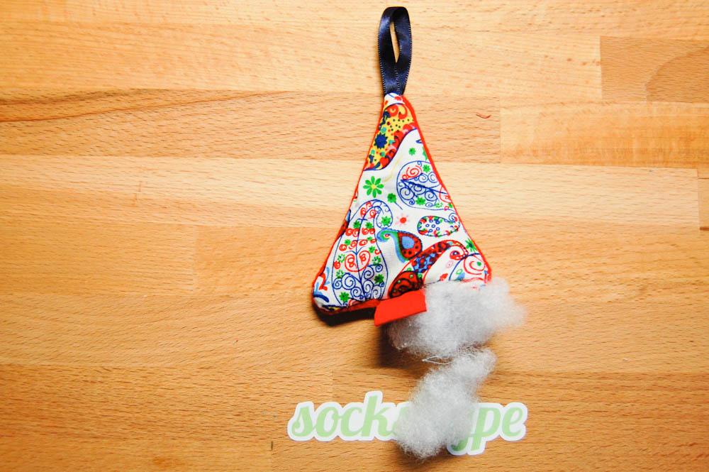 Geschenkanhänger für Weihnachten auf sockshype Weihnachtsschmuck selber Anleitung: Weihnachtsschmuck selber machen