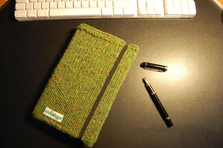 Gemacht mit Liebe und Wolle: Terminplaner Bucheinband stricken Hülle stricken Anleitung: Terminplaner Hülle stricken