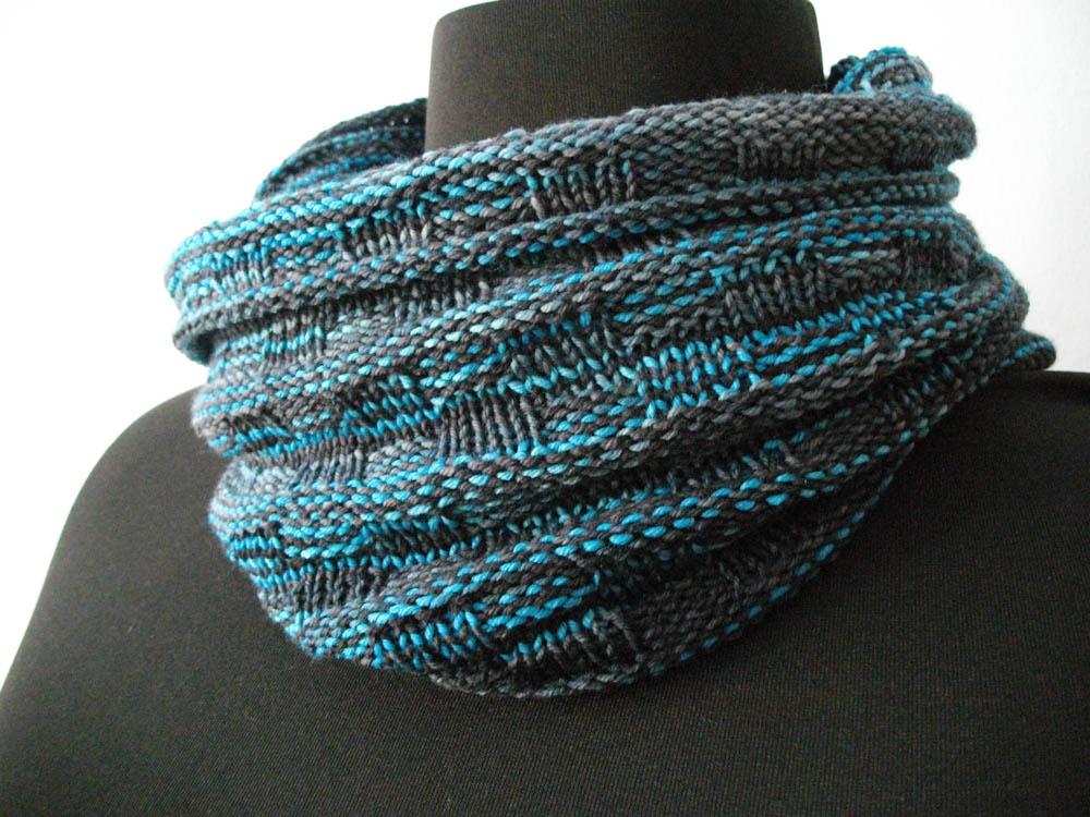 Gemacht mit Liebe und Wolle: Snood Schal stricken gemacht mit liebe 14 Geschenke gemacht mit Liebe