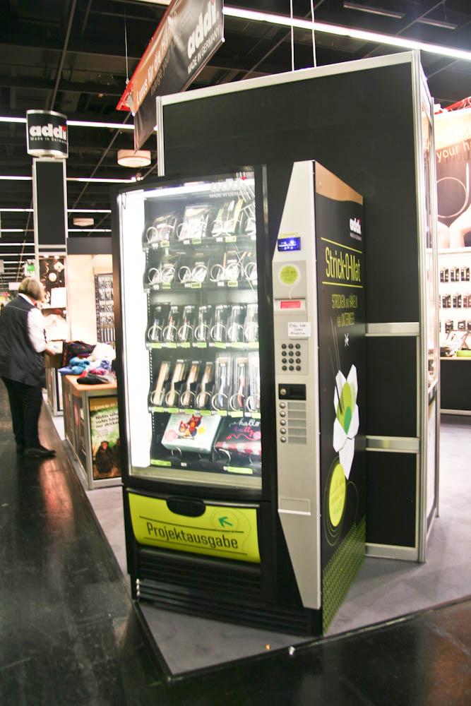 Strick-O-Mat Strick-O-Mat Strick-O-Mat – Wolle und Zubehör aus dem Automaten