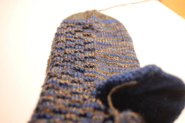 socken stricken aus wollresten Anleitung: Socken stricken aus Wollresten mit Bumerangferse