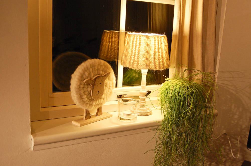 lampenschirm stricken im landhausstil anleitung. Black Bedroom Furniture Sets. Home Design Ideas
