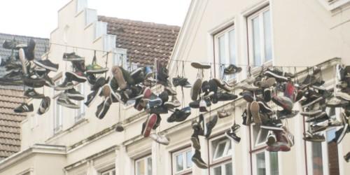 Shoefiti schöne füße Thema des Monats 9/2015: Schöne Füße unterwegs