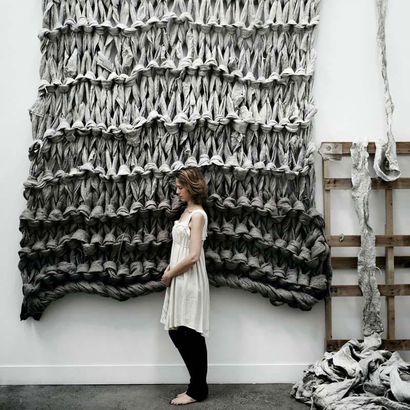Little Dandelion: Extreme Knitting auch für Ausstellungen als Kunst