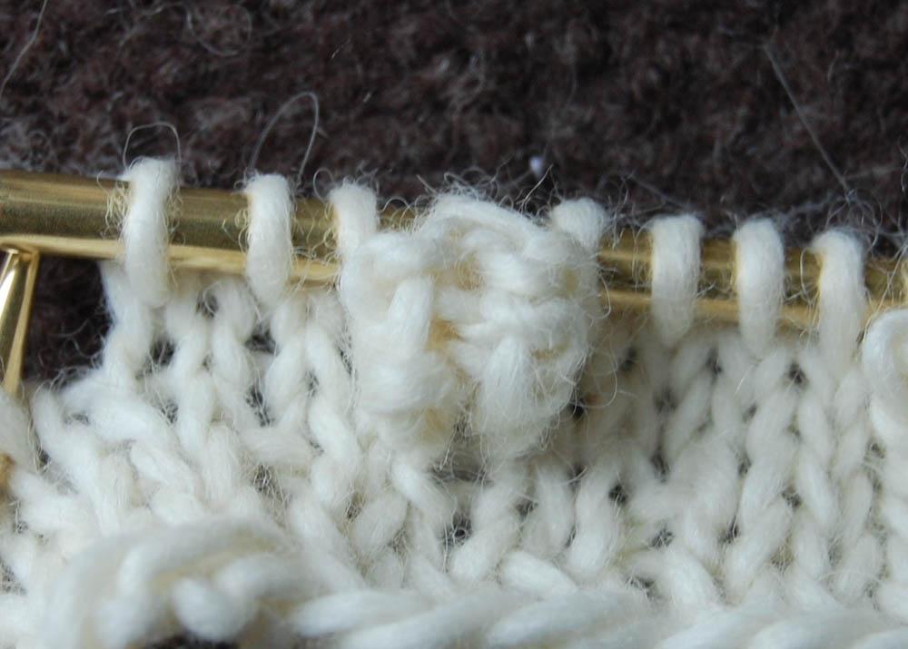 Strickband für Lampenschirm fertige Noppe strickband Anleitung: Strickband für Lampenschirm
