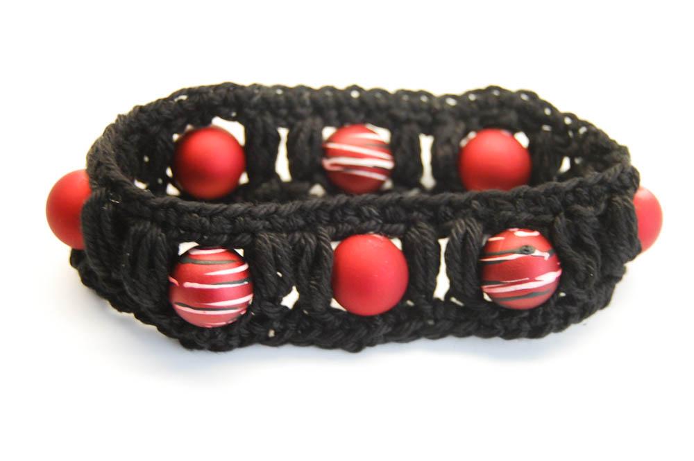 Sockshype Armband Häkeln Mit Büschelmaschen Und Perlen