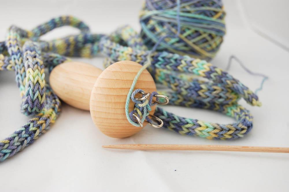 Kette mit Strickliesel strickliesel Anleitung: Kette mit Strickliesel stricken