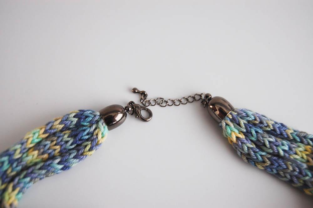 Kette Blau_Grün-6 strickliesel Anleitung: Kette mit Strickliesel stricken