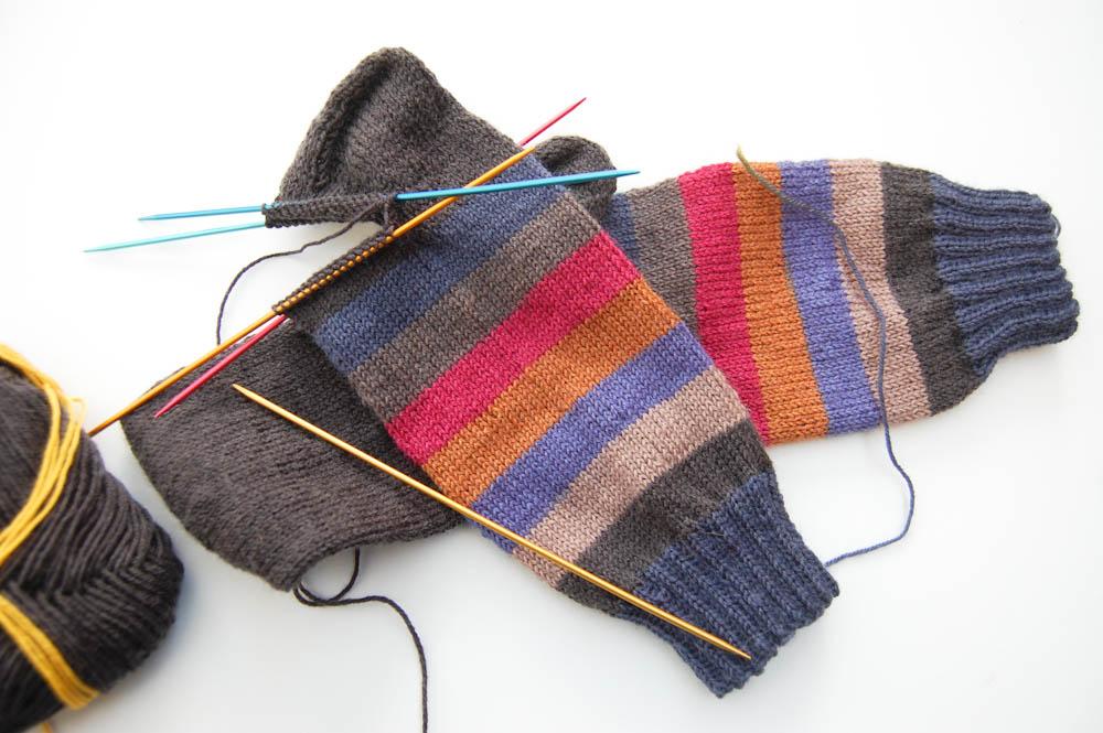 Schachenmayr Regia pairfect-4 regia pairfect Mit Schachenmayr REGIA PAIRFECT identische Socken stricken