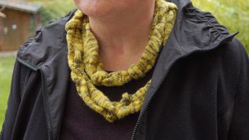 Schal stricken Thema des Monats Oktober 2015: Tücher, Schals und Loops