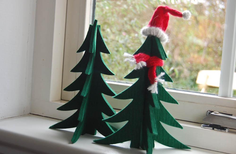 kleine Nikolausmütze stricken - Weihnachtbäumchen Nikolausmütze stricken Anleitung: Kleine Nikolausmütze stricken