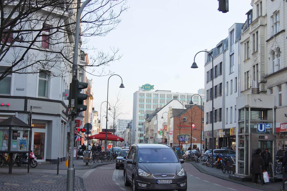 Lauras Wollladen-Venloer Straße 4711