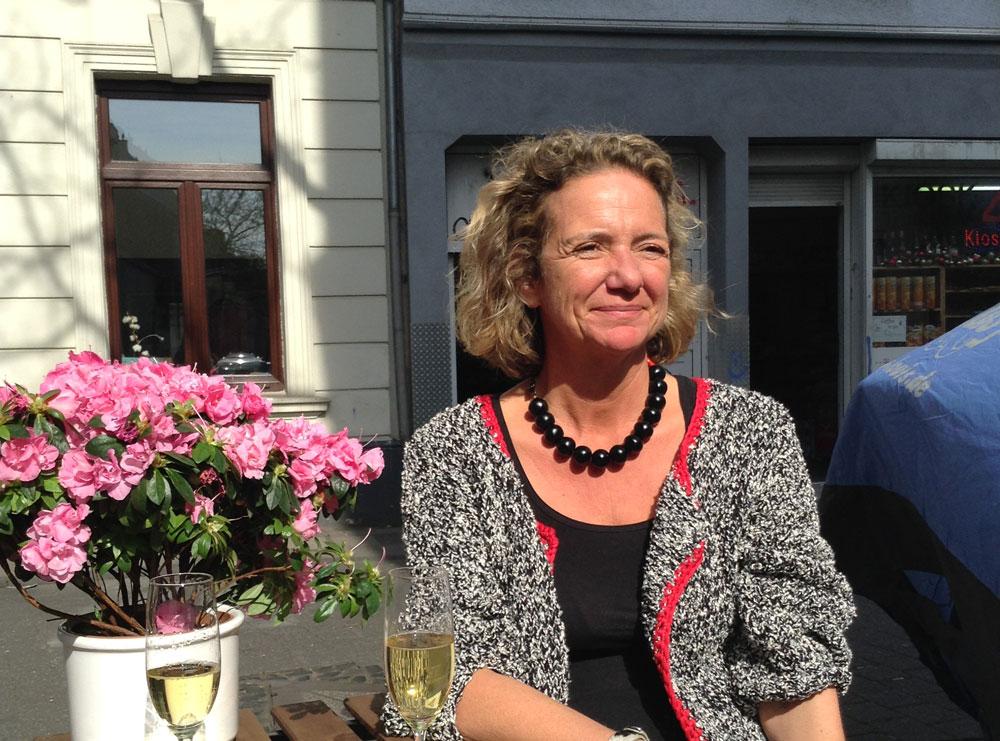 Handarbeiter im Interview – Laura von Welck (Lauras Wollladen) Laura von Welck im Interview über Lauras Wollladen