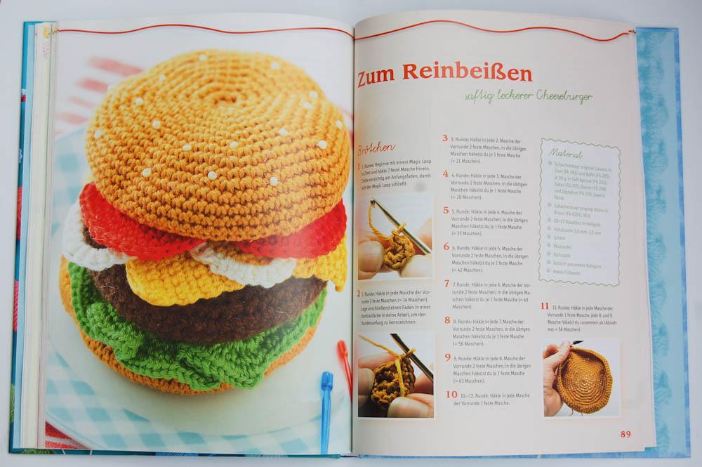 Häkel mit! Neue Ideen aus der Kinderhäkelschule - Burger häkel mit! Buchbesprechung: Häkel mit! Neue Ideen aus der Kinderhäkelschule