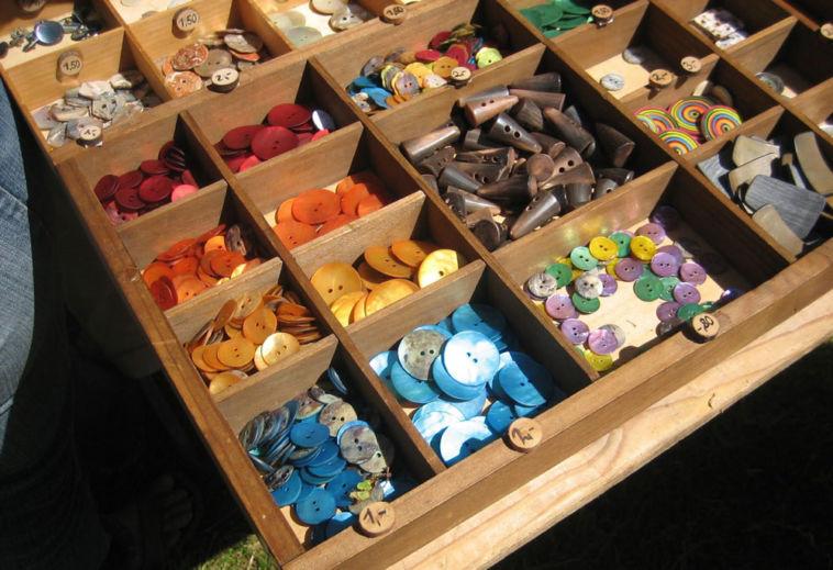 Knopf Angebotene Knöpfe knopf Zugeknöpft – Der Knopf, Verschluss und Dekoration