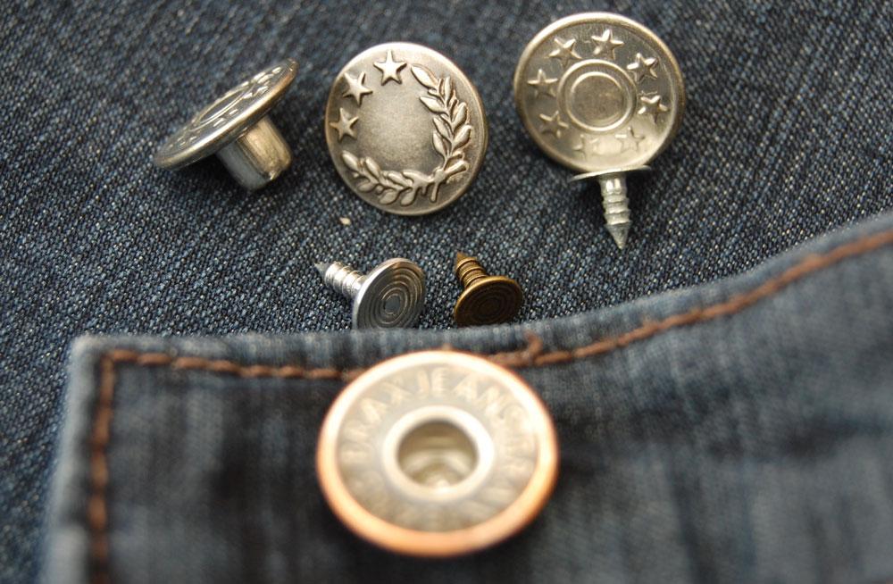 Jeans-Knöpfe