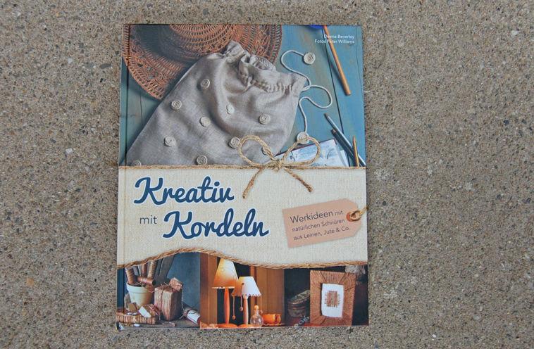 Kreativ mit Kordeln Titelbild kreativ mit kordeln Verlosung: Buch Kreativ mit Kordeln von Deena Beverly