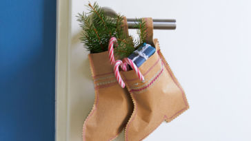 christmas stocking Tutorial: Christmas stocking made of paper