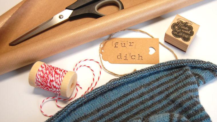 Geschenke stricken - Titelbild