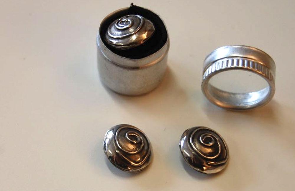 Geschenke für Nähfans - Silberknöpfe