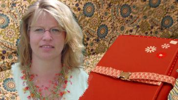 Katrines Strick-Nadel-Tasche -Titelbild Katrin Lutzke im Interview über Katrines-Strick-Nadel-Taschen
