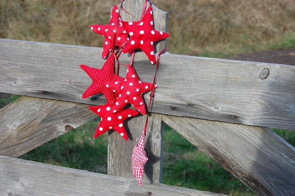 Anleitung: Weihnachtssterne nähen | sockshype