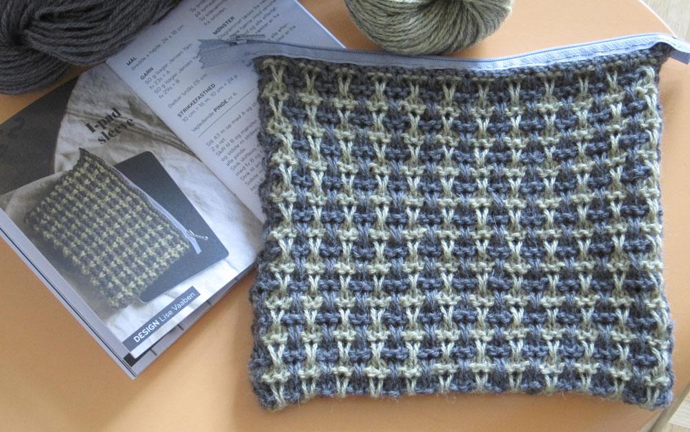 Geschenke stricken - Tablet-Täschchen - Ideen in Strick