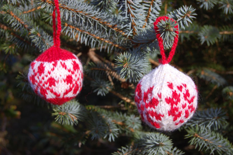 Julekuler – Weihnachtskugeln stricken für Adventskalender & Co ...