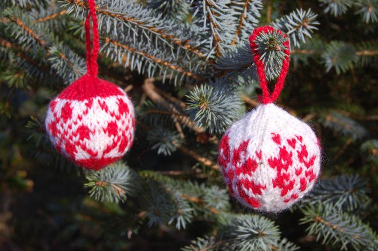 Julekuler - Weihnachtskugeln stricken Julekuler – Weihnachtskugeln stricken für Adventskalender & Co.