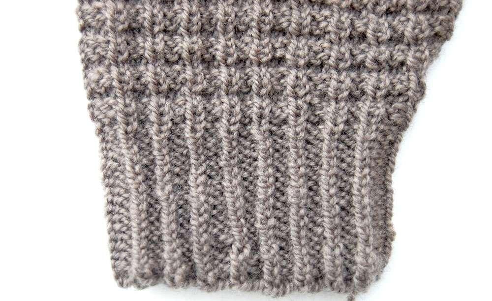 anleitung attraktiven pullover stricken in einem st ck sockshype. Black Bedroom Furniture Sets. Home Design Ideas