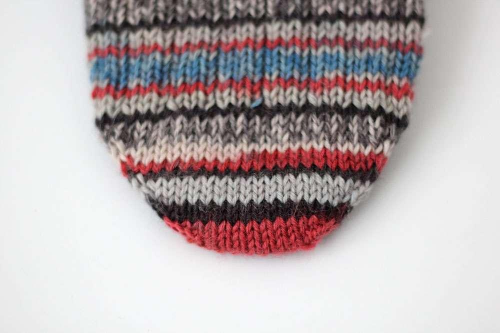 Anleitung Toe Up Socken Stricken Aus 6fädigem Garn Sockshype