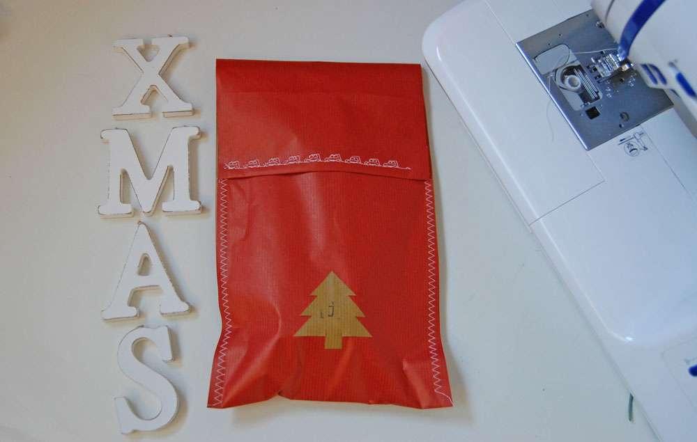 weihnachtliche Geschenkverpackungen - zugenäht Weihnachtliche Geschenkverpackungen mit Packpapier, Nähmaschine & Co.