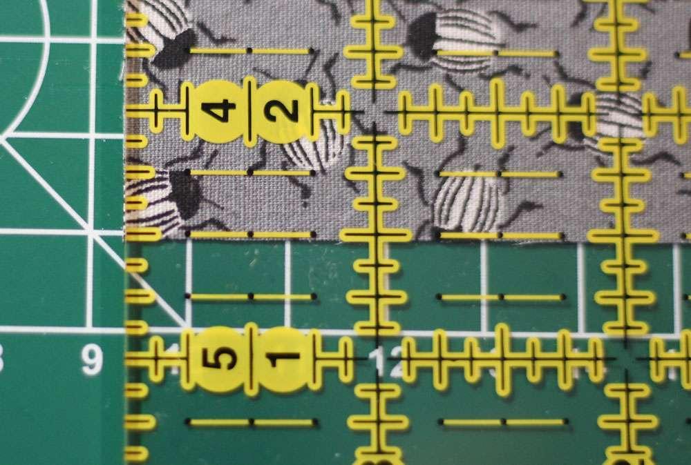 6 Köpfe - zwölf Blöcke - Januarblock - Inch-Lineal Quilt-Along 6 Köpfe – zwölf Blöcke DER JANUARBLOCK