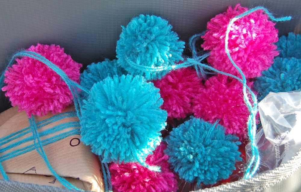 Pompons selber machen in Serie pompons selber machen DIY: Pompons selber machen – kostenlose Anleitung