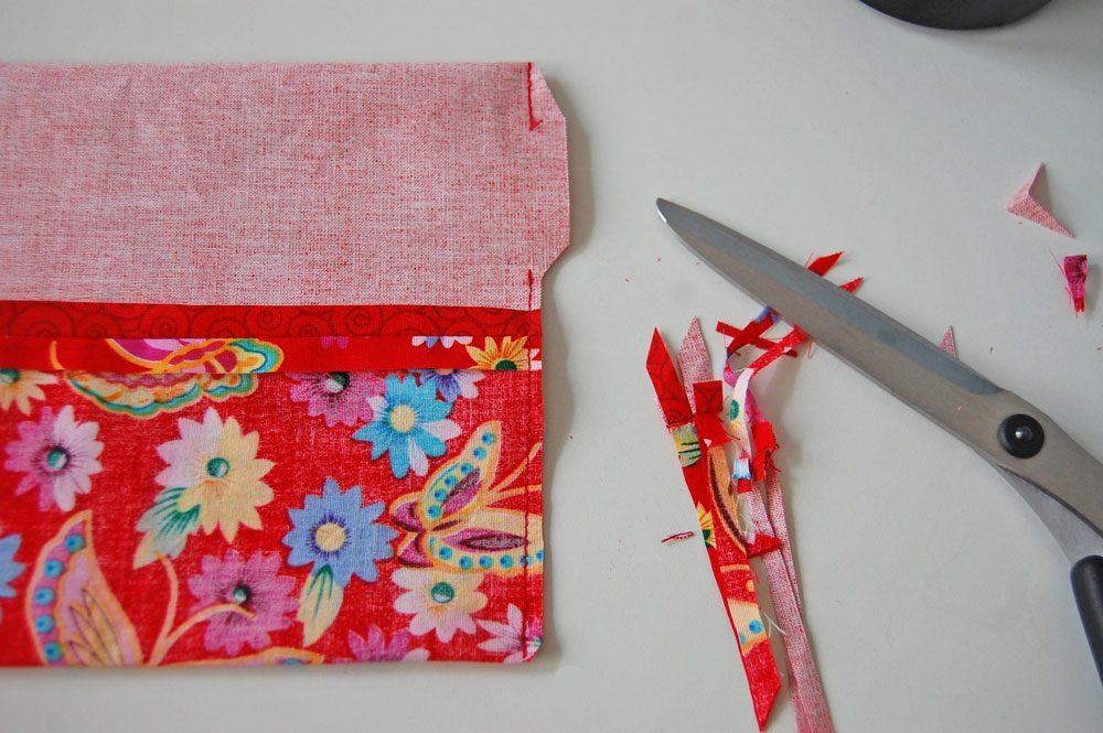 Tasche für Nadelspiel - Nahtzugabe zurückschneiden