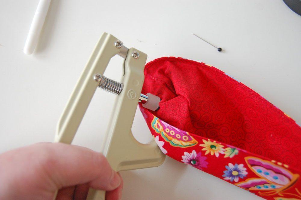 Tasche für Nadelspiel - Drückknöpfe befestigen