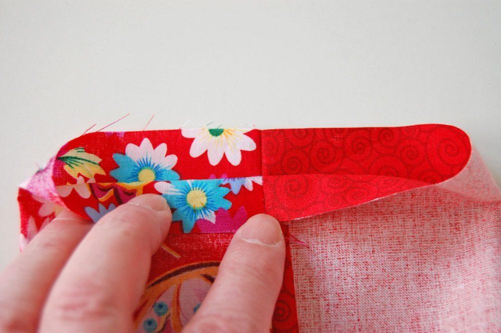 Tasche für das Nadelspiel - Nähte übereinanderlegen