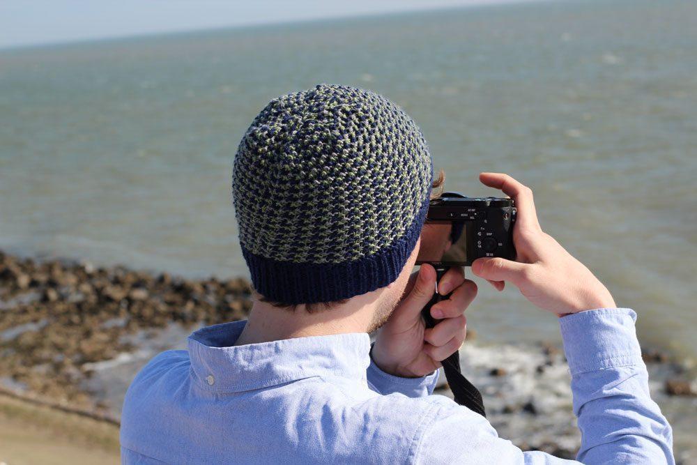 mütze stricken Anleitung: Dreifarbige Mütze stricken mit Hebemaschen