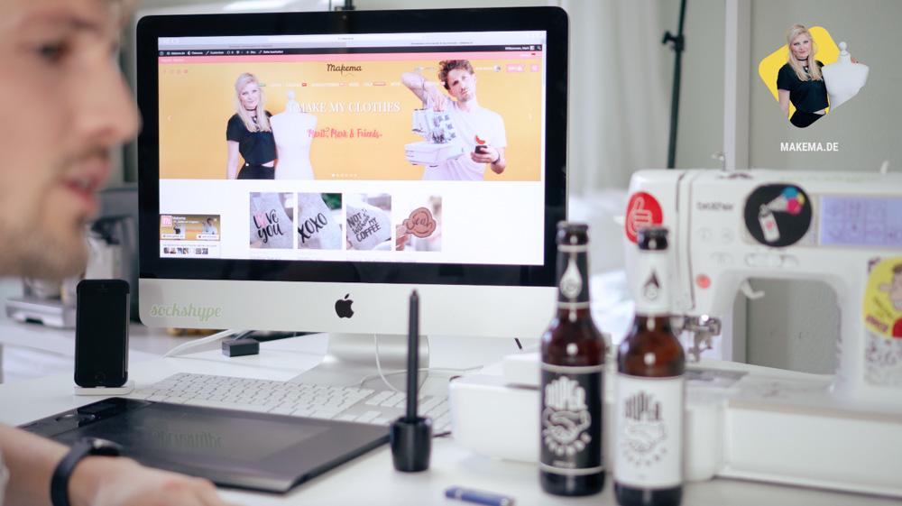 Handarbeitsplatz um Logo SUPERFREUNDE als Stickdatei zu digitalisieren