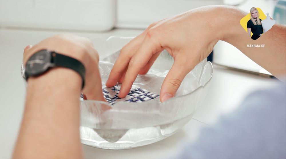Ab ins Wasser: Die wasserlösliche Stickfolie in der Anwendung? wasserlösliche stickfolie Wasserlösliche Stickfolie in der Anwendung