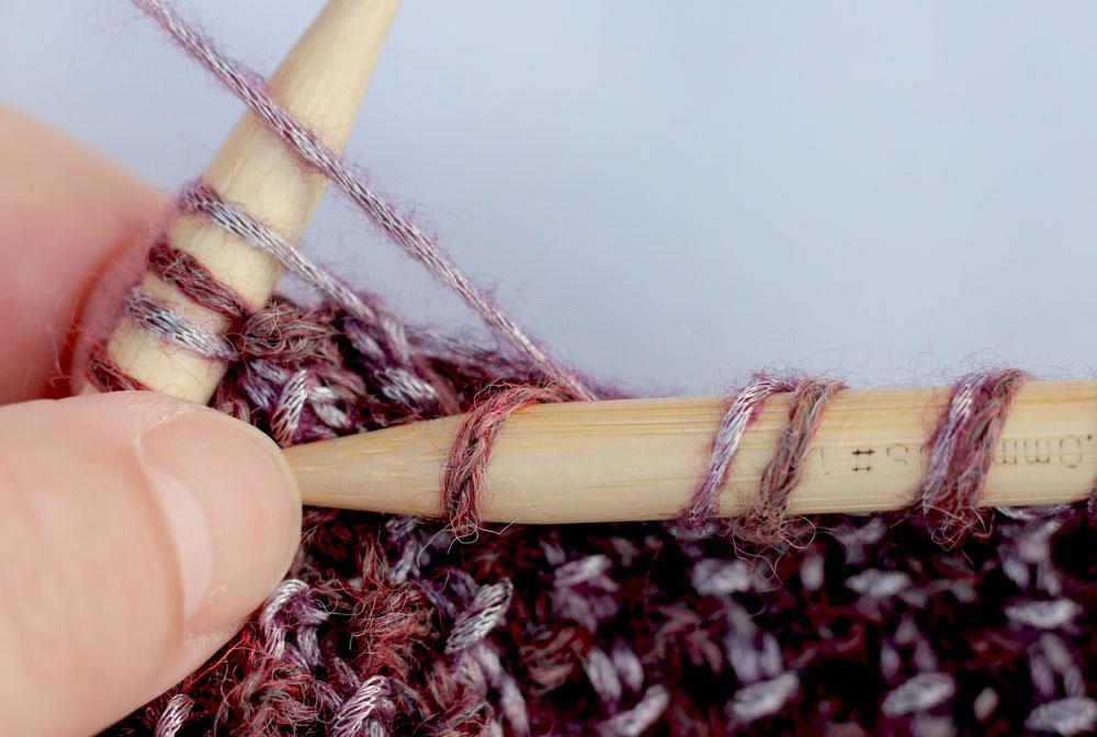 Loop mit Hebemaschen stricken - mix&knit - Hebemasche