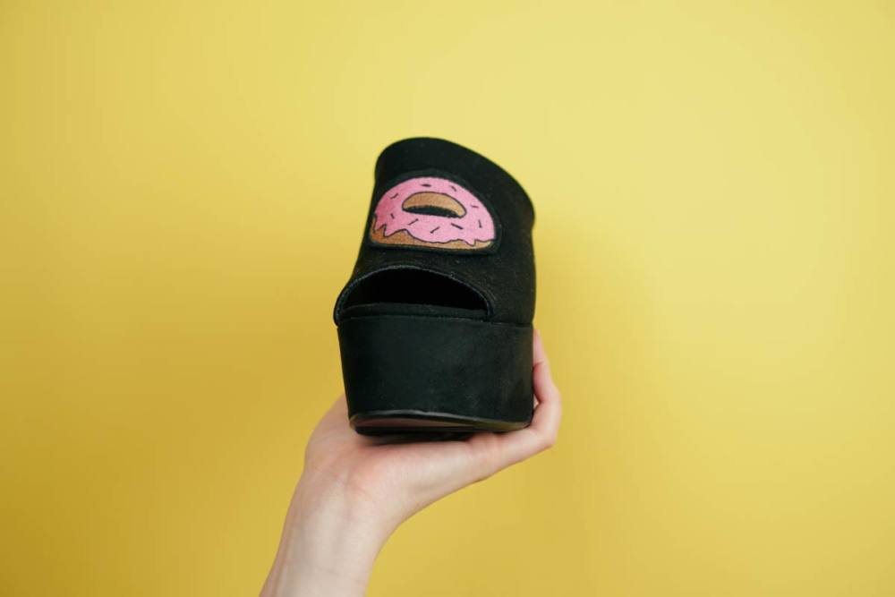 Schuhe pimpen mit Patches – DIY