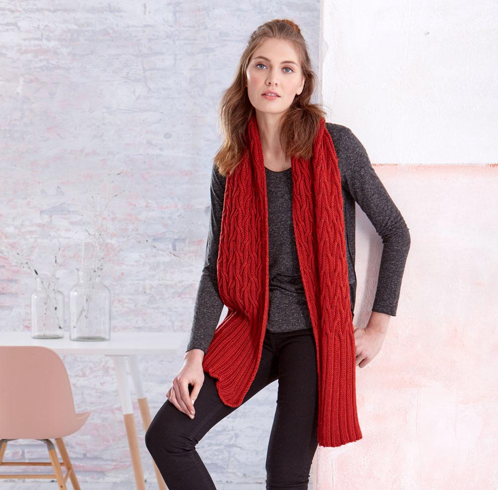 Geschenke stricken-Tanja Steinbach roter Zopfenschal für Männer und Frauen
