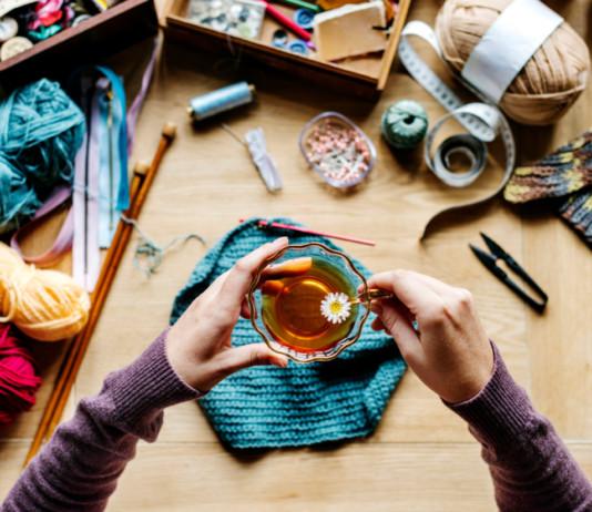 Geschenke stricken – 14 kostenlose Anleitungen, Ideen & Inspirationen