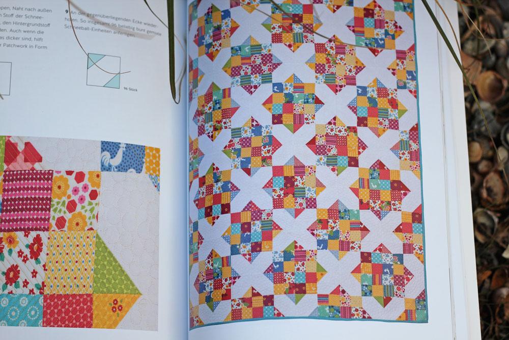Buch Jelly Roll Quilts - Jeder Quilt im Buch wird vollständig abgebildet.