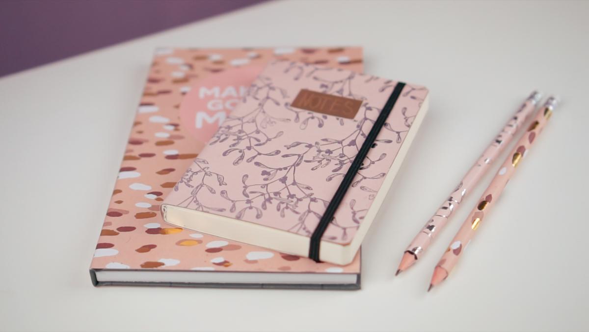 Tagebuch Selber Machen : notizbuch gestalten mit dekopapier geschenke selber machen ~ Frokenaadalensverden.com Haus und Dekorationen